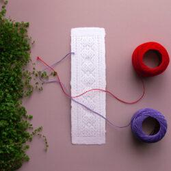 Urvaste kirivöömustriline niidik paberile tikkimiseks